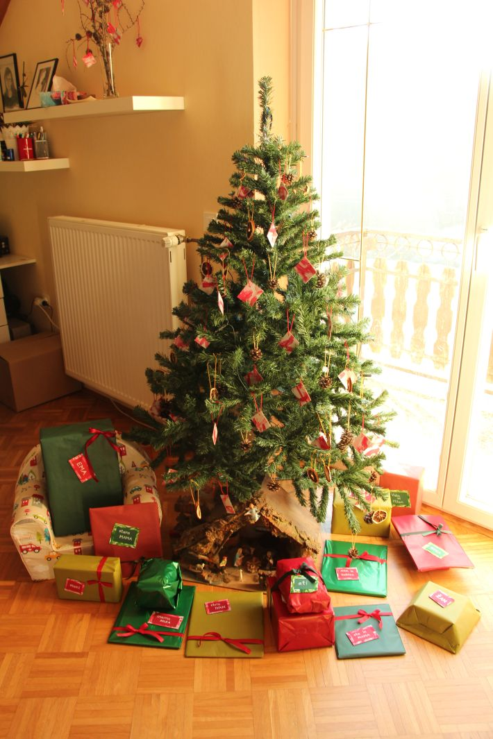 Rdeče-zelena božična darila