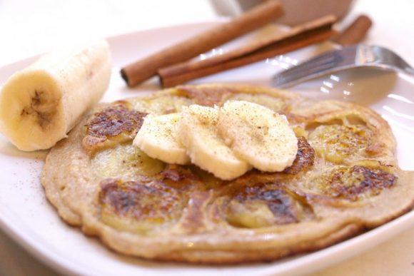 Obrnjene palačinke z božanskimi pečenimi bananami in nutello