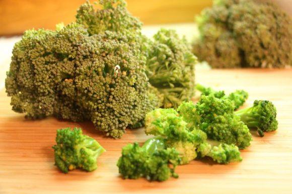Blanširanje brokolija pred zamrzovanjem